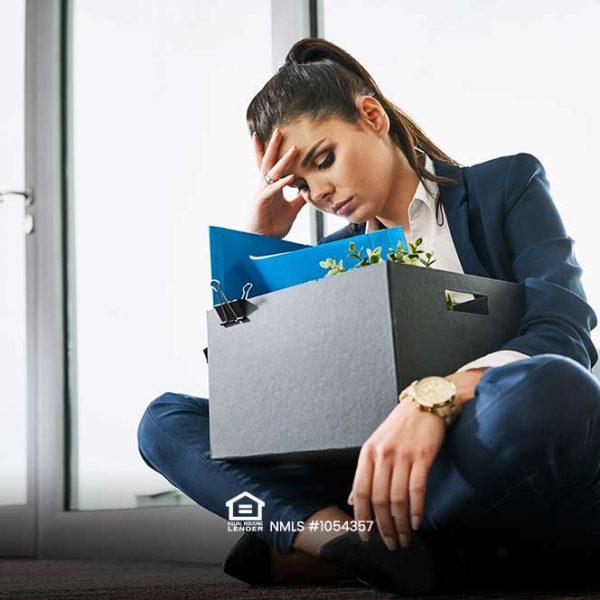 Las ventas minoristas y la industria se desploman